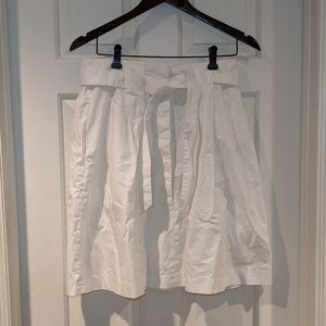 Banana Republic White Cotton Pleated Skirt